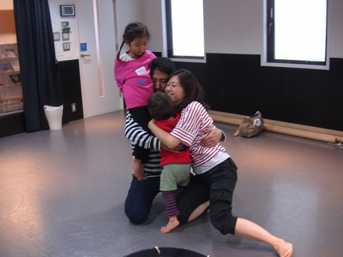 Flow Naturally主催 親子で楽しむダンスクラス@横浜 パパも一緒に!