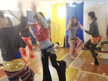 毎週火曜日、鎌倉にて開催している子連れOK、ベリーダンスエクササイズmagnolia
