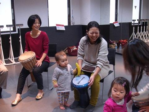 子連れOK、誰でも簡単に打楽器が叩けるようになります!大人の楽器部